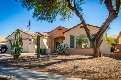 9450 N STONEBROOK DR, Tucson, AZ 85743 - Photo 2
