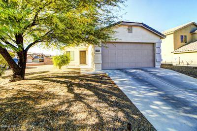 716 W ASH RIDGE DR, Green Valley, AZ 85614 - Photo 1