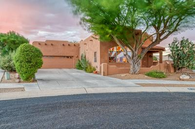 129 E PLACITA DE ARETES, Green Valley, AZ 85614 - Photo 2