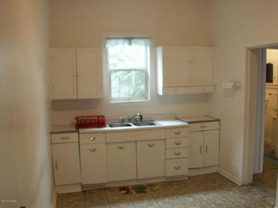 303 PARK AVE, BISBEE, AZ 85603 - Photo 2