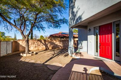3200 N OLSEN AVE, Tucson, AZ 85719 - Photo 2