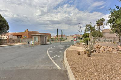 699 W WATERVIEW DR, Green Valley, AZ 85614 - Photo 2