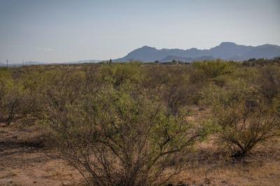 8 W WHITEHEAD LN, Amado, AZ 85645 - Photo 2