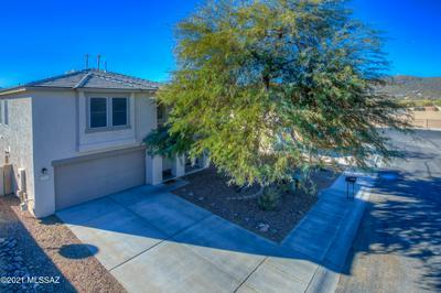 7815 W LEES FERRY CT, Tucson, AZ 85743 - Photo 2