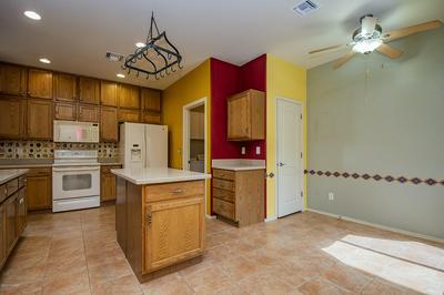 167 E CALLE DE LA SEMILLA, Green Valley, AZ 85614 - Photo 2