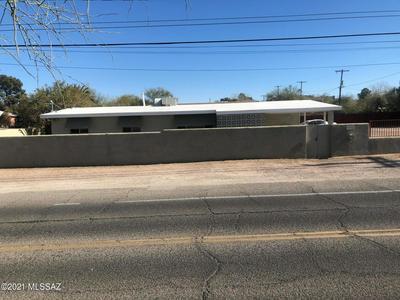 1832 N PARK AVE, Tucson, AZ 85719 - Photo 1