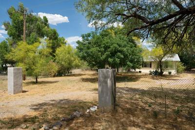 1947 E FRONTAGE RD, TUMACACORI, AZ 85640 - Photo 2