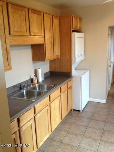 1050 E 7TH ST # 1052, Tucson, AZ 85719 - Photo 2