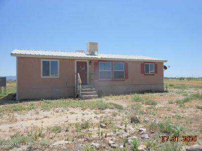 1304 N HAMILTON RD, Willcox, AZ 85643 - Photo 1