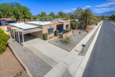 941 S LA BELLOTA, Green Valley, AZ 85614 - Photo 1