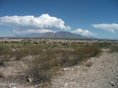 6055 N SILVERBELL RD, Tucson, AZ 85743 - Photo 2