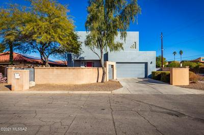 3200 N OLSEN AVE, Tucson, AZ 85719 - Photo 1