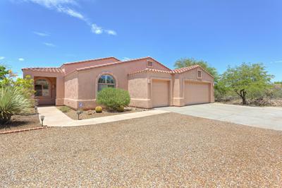 1162 E CAVE CANYON PL, Green Valley, AZ 85614 - Photo 2