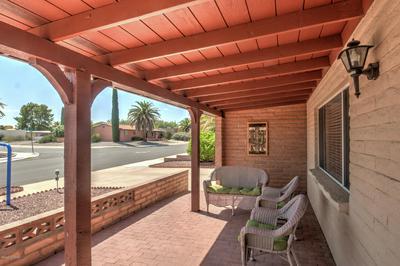 241 E LA ESPINA, Green Valley, AZ 85614 - Photo 2