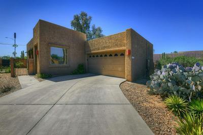 2906 N CARDELL CIR, TUCSON, AZ 85712 - Photo 1