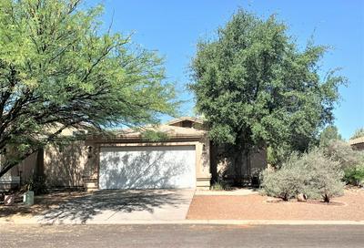 185 E CAMINO DE DIANA, Green Valley, AZ 85614 - Photo 2