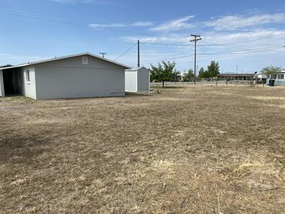 590 S BOWIE AVE, Willcox, AZ 85643 - Photo 2