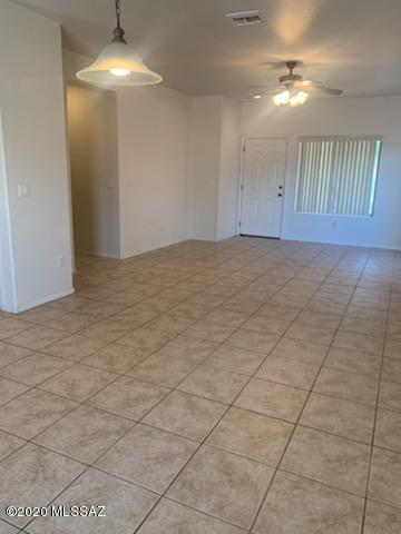 997 S THRONE ROOM ST, Benson, AZ 85602 - Photo 2