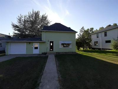 207 2ND AVE NW, Kenmare, ND 58746 - Photo 2