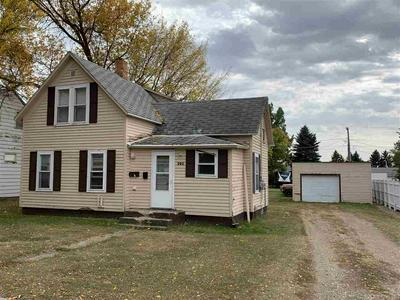306 5TH ST SE, Rugby, ND 58368 - Photo 1