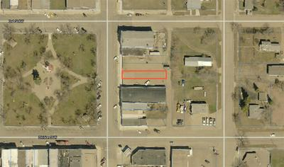 112 N CENTRAL AVE, Kenmare, ND 58746 - Photo 1