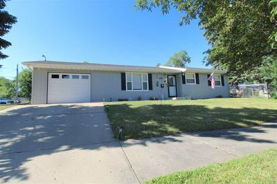 420 10TH AVE, Minot, ND 58701 - Photo 1