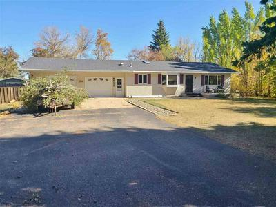 24 COUNTRY RD, Rugby, ND 58368 - Photo 1