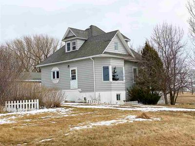203 4TH AVE SE, Kenmare, ND 58746 - Photo 1