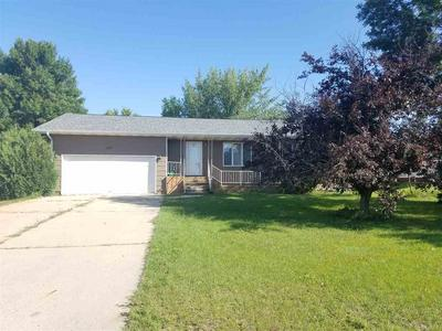 613 E DIVISION ST, Kenmare, ND 58746 - Photo 1
