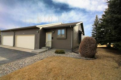 510 28TH AVE SW, MINOT, ND 58701 - Photo 2