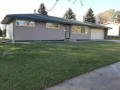 601 24TH ST NW, Minot, ND 58703 - Photo 1