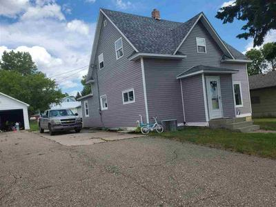 312 3RD AVE NE, Kenmare, ND 58746 - Photo 2