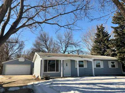 1921 8TH ST NW, MINOT, ND 58703 - Photo 1