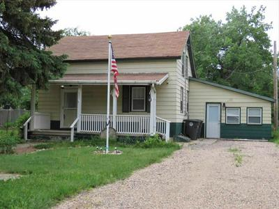 421 1ST ST E, Carpio, ND 58725 - Photo 1