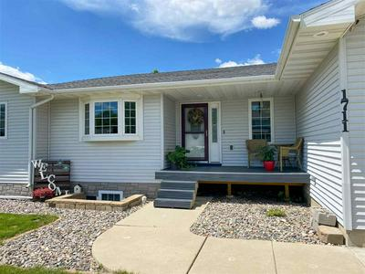 1711 64TH ST NW, Minot, ND 58703 - Photo 1