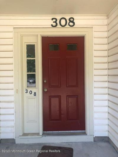 308 TULIP LN, Freehold, NJ 07728 - Photo 2
