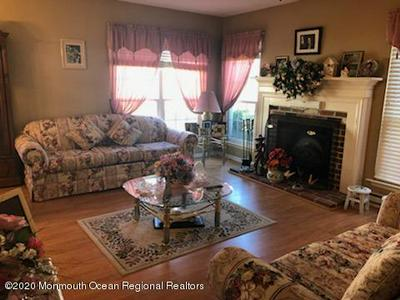 53 MANSFIELD AVE, Manchester, NJ 08759 - Photo 2