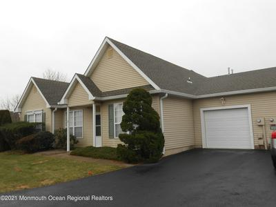 36 FOXWOOD RD # 1002, Lakewood, NJ 08701 - Photo 1