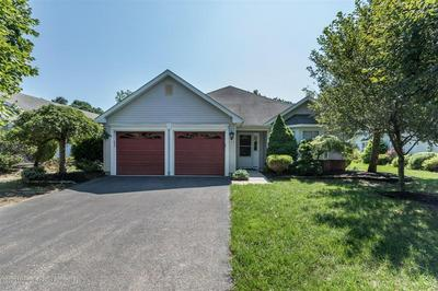 5 VALLEY STREAM LN, Lakewood, NJ 08701 - Photo 1