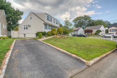 2 CONCORD RD, Iselin, NJ 08830 - Photo 2
