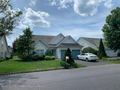 113 SKYLINE DR, Lakewood, NJ 08701 - Photo 2