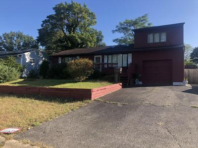 32 ANNAPOLIS RD, South Toms River, NJ 08757 - Photo 1