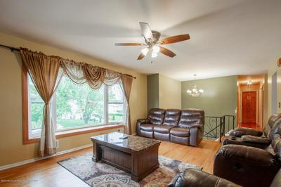 609 MAYFAIR LN, Neptune Township, NJ 07753 - Photo 2