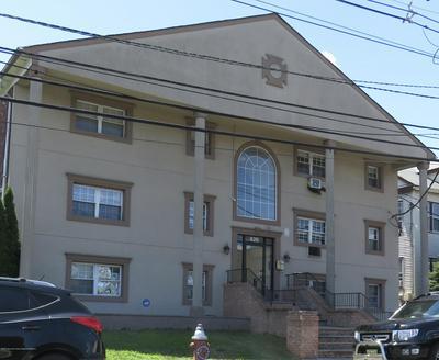 826 W GRAND ST, Elizabeth, NJ 07202 - Photo 1
