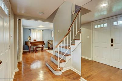 14 HILL CIR, Marlboro, NJ 07746 - Photo 2