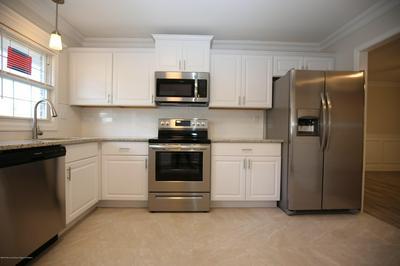 1250B HAMILTON CT # 1002, Lakewood, NJ 08701 - Photo 2