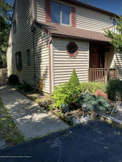 285 SAVANNAH RD, Toms River, NJ 08757 - Photo 2