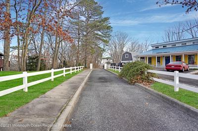 401 OVERLOOK DR, Neptune Township, NJ 07753 - Photo 2