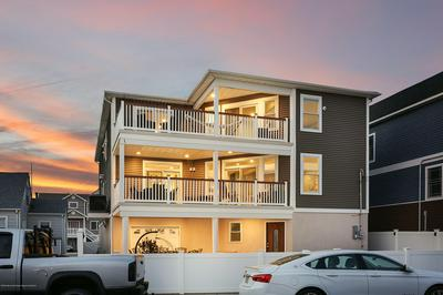 431 HIERING AVE, Seaside Heights, NJ 08751 - Photo 2