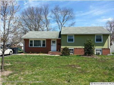 527 HOLLYWOOD AVE, Toms River, NJ 08753 - Photo 1